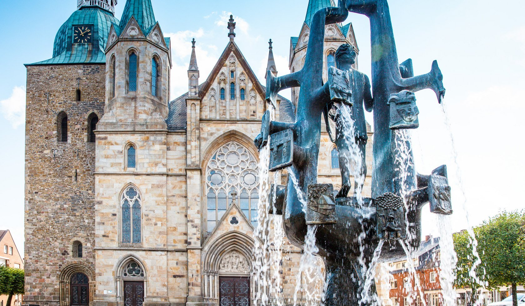 Fountain in front of the cathedral in Damme