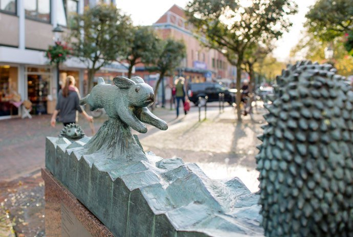 Fountain with representation of hare and hedgehog in Buxtehude